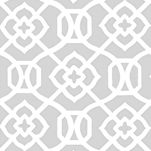Moroccan_Lattice-Light_Chromium__white