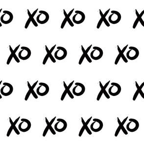 X O kiss hugs
