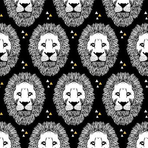 Lion Pattern - yellow triangles