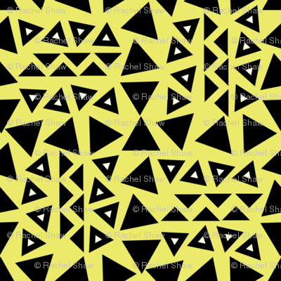 tribal_triangles_green_background_with_white_triangle_middles