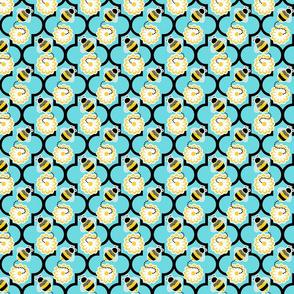 quatrefoil bee daisy