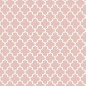 quatrefoil MED dusty pink