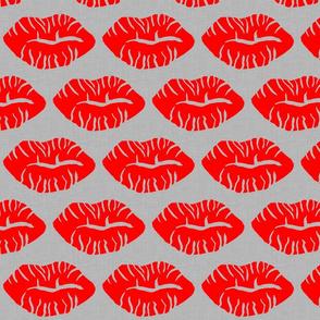 Lips on Linen