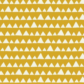 Wolf/Llama triangles on mustard