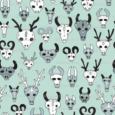 Skulls reindeer moose goat and other animals western hunt theme for creepy fashion and halloween mint