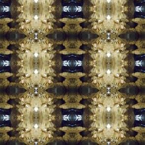 Gemstones Sparkle Underground(Ref. 1428)