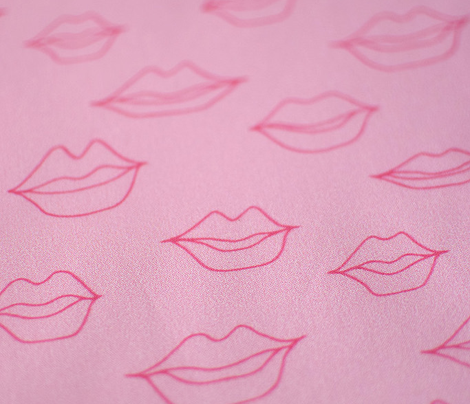 Lips_outlines_pink_pink_comment_601177_preview
