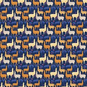 Llamas_Evening_Stroll_4InchRpt