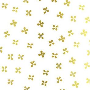 Fleurs à papillon dorée