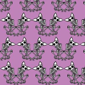 Sphynxiebonez Grooming in Lavender