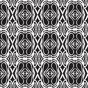 Modern_Sepik_black_white