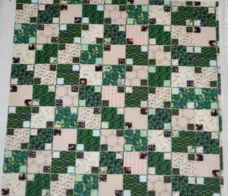 Green and Cream Illusion Cheater, Half Drop