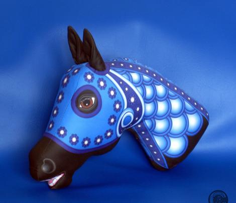 CAROUSEL HORSE Cut n Sew WINTER