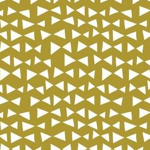 bow tri // golden olive triangles deer quilt coordinate
