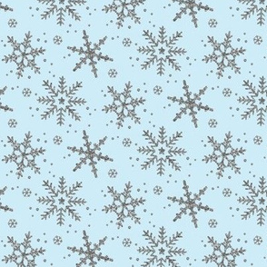Snowflake Shimmer in Icy Blue / half scale