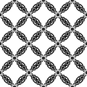 Celtic Knots Lattice in Black and White