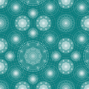 Spirograph Lace - teal and cream