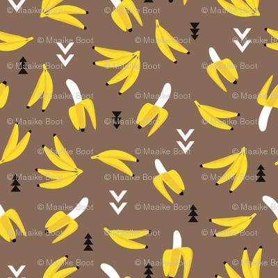 Cool retro banana geometric arrows illustration kids print ocher yellow