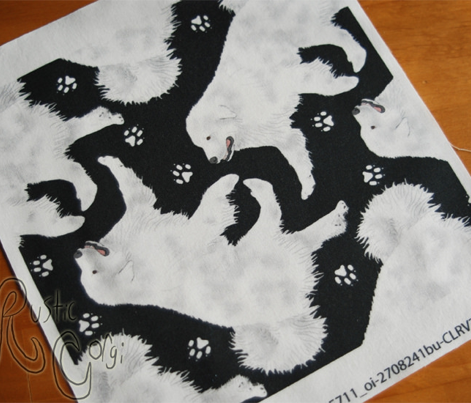 Trotting Great Pyrenees and paw prints - black