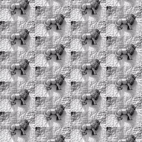 Lions on Quilt Silver