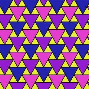 04754459 : triangle 2to1 x3 : bob