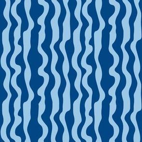 Animal Dream Otter - blue wave