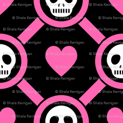 Pink hearts and skull- small
