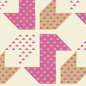 Quadrifoglio_Pink and Sand_L