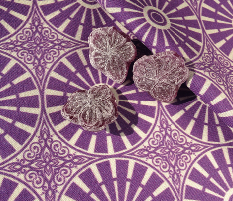 Autumn Plum Windmill Wheels - Dusty Silhouette