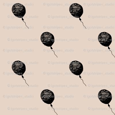 balloons_ss16_black_pink_200x200mm_basic