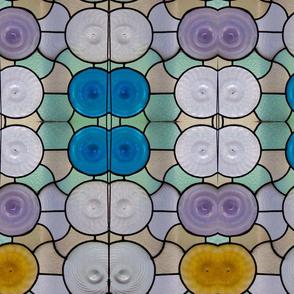 Gaudi glass