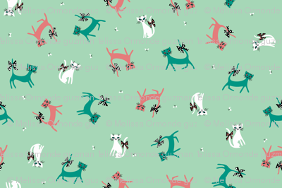 Frolicking Felines in Mint