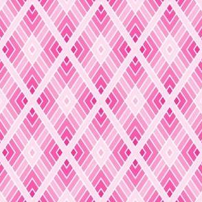 05001066 : diamond fret : pale pink