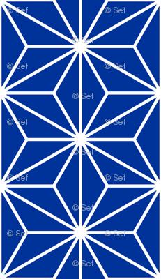 05016571 : SC3C isosceles : navy blue