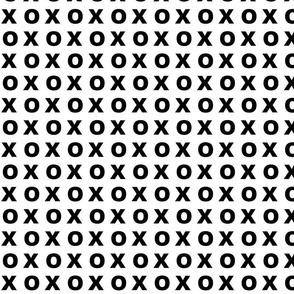 X O - SMALL  black on white-ed