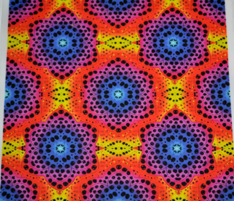 Rrainbow_tie_die_dot_bloom_2_comment_668060_preview