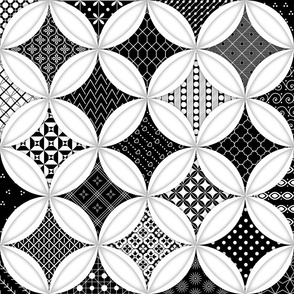Cheater Quilt Cathedral Windows Lrg - White