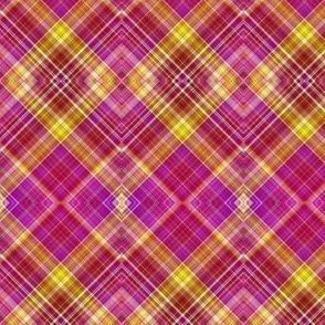 RASPBERRY AND MELON DIAGONAL DIAMOND PLAID