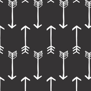 arrows black and white 01