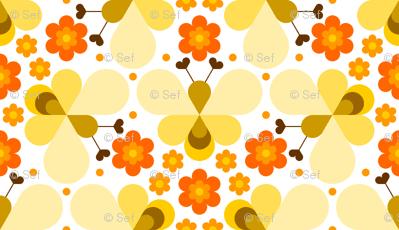 05113808 : hex drop heart bee 3 flower orange cream
