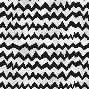 Chevron_concrete_black_whitewash_pinkywittingslow_2015-01