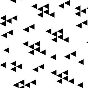 triangles // simple tri black and white railroad nursery simple minimal design