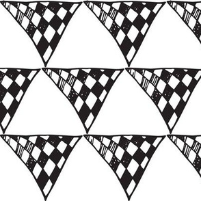 Triangle Doodles Chequer