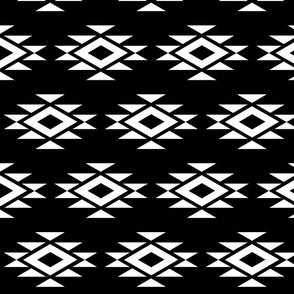 Mod Black n White Aztec