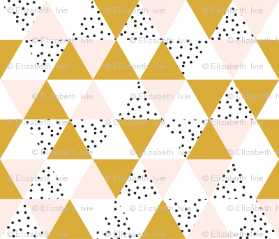 triangle wholecloth // pale pink + gold + b/w dots // small