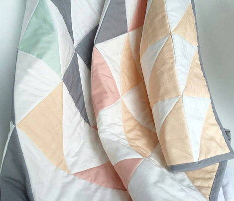 Triangle Quilt Top // peach/pink/mint/grey