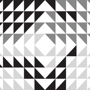 Triangle quilt top // monochrome