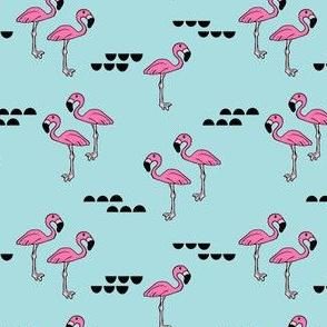 Flamingos // 2