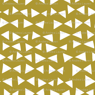bow tri // golden olive mustard yellow triangles tri bow