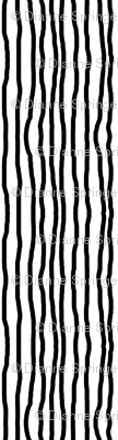 Black_and_white_wonky_stripe_preview